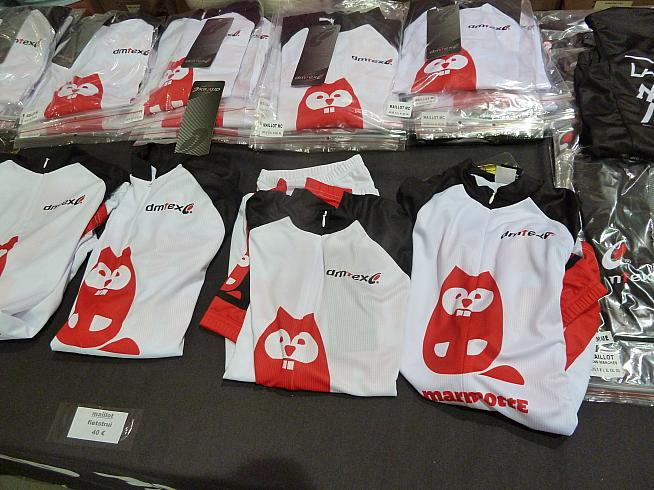 Marmotte jerseys on sale for 40 euros each.