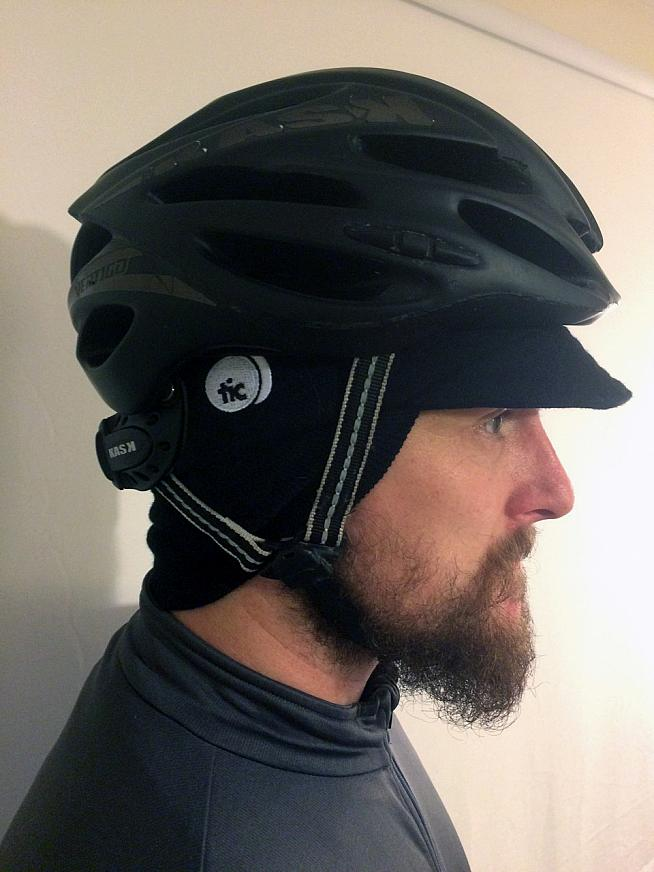 Review Omloop Winter Cycling Cap From This Is Bridge Sportive e5f17d70069