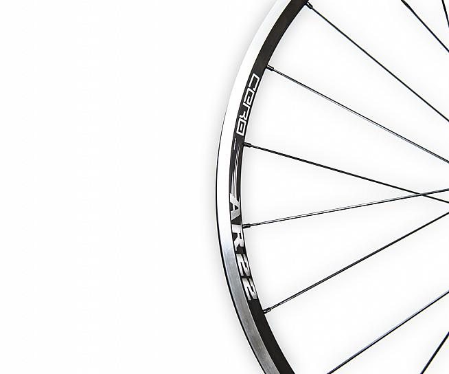 The AR22 rims feature understated graphics and are tubeless ready.