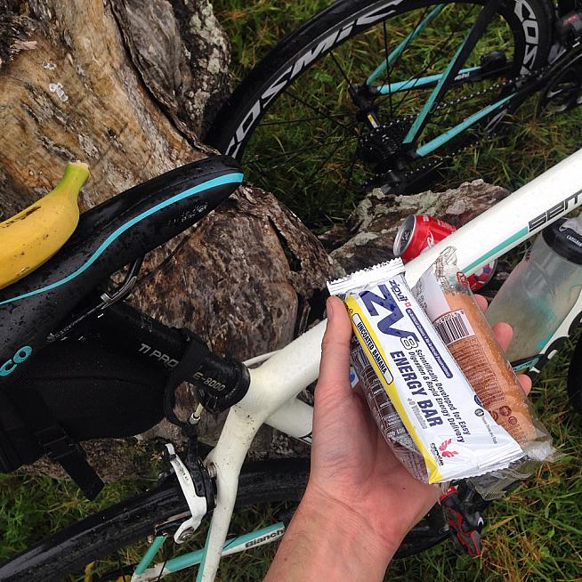 Had a chat with a Donegal Bianchi buddy while cramming in cake and energy bars.
