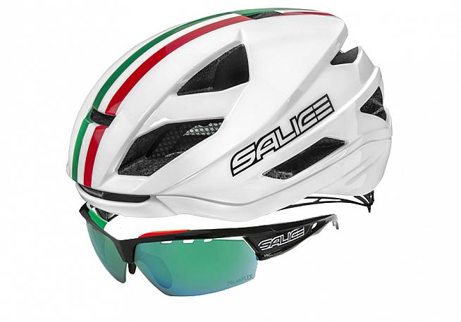 The Salice Levante helmet and 005 glasses.