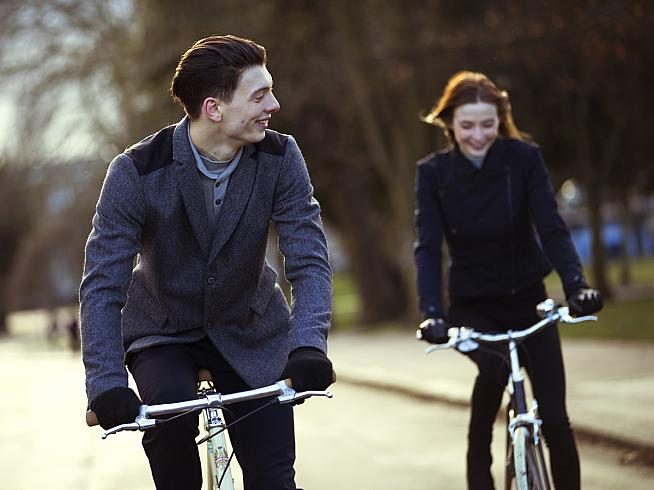 MEAME's range of cycling apparel blends classic good looks and quality materials with practical performance features.