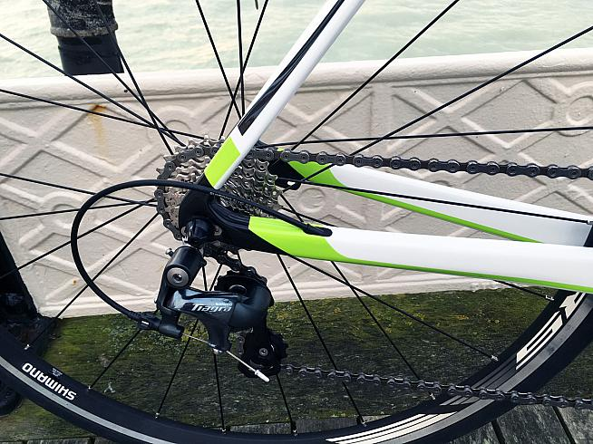 Shimano's RS010 wheelset copes well with wintry lanes.