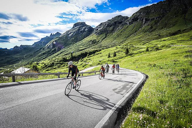 The Maratona winds through stunning scenery. Photo: Sportograf