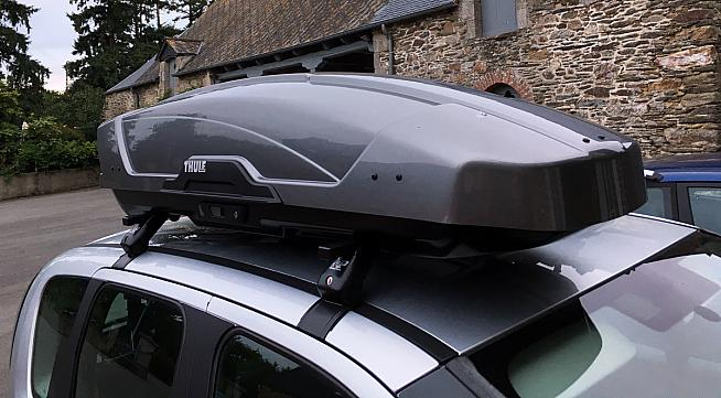 review thule motion xt sport roof box. Black Bedroom Furniture Sets. Home Design Ideas