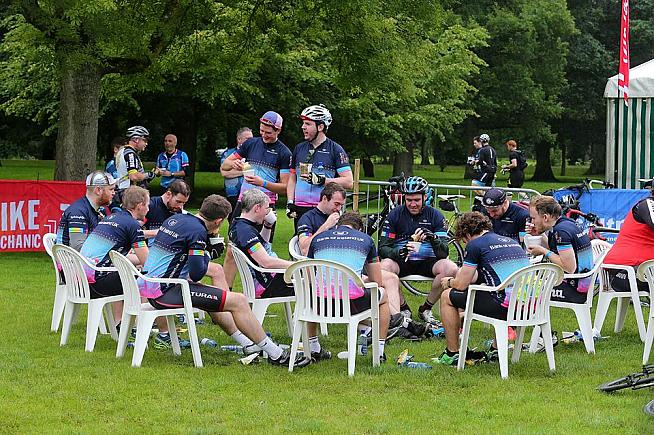 The lunch stop is a civilised sit-down affair... Photo: Mal McCann