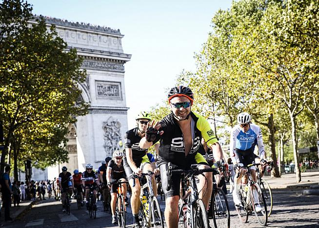 Ride the iconic 500km London-Paris route with HotChillee.
