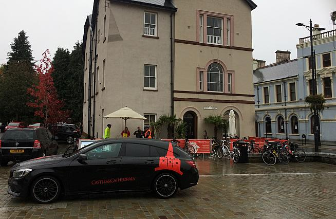 Bradley's Coffee Shop in Aberdare hosted a feed stop.