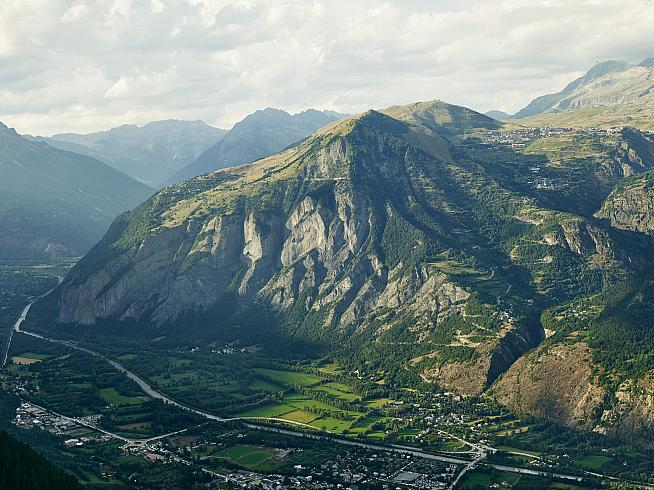 Alpe d'Huez awaits. Credit: Michael Blann Photography