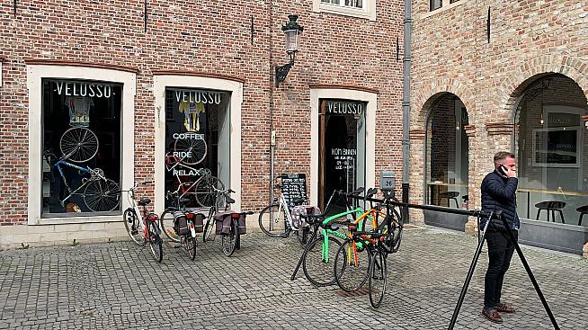 cc37aeaebaa Velusso Bruges: great coffee, road bike rental and rides | Sportive.com