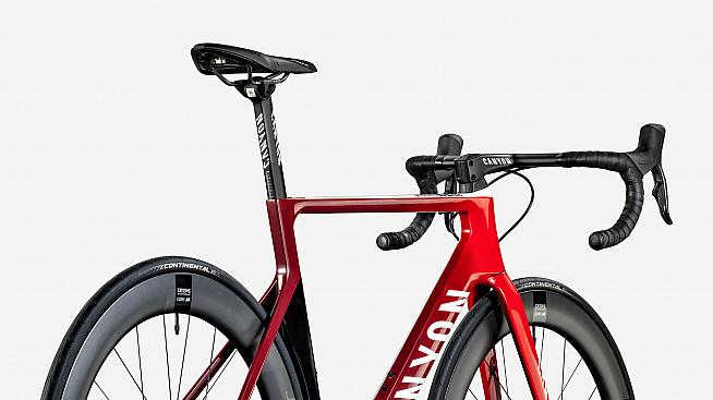 Beats taking the bus... The Aeroad CF SLX is available in a wide range of builds.