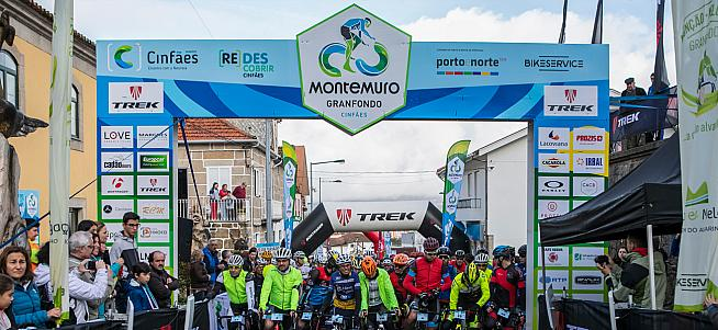 Riders line up for the start of the Granfondo Montemuro.