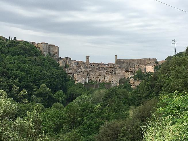 The medieval hill town of Sorano - just one of the sights within easy reach of Castello di Santa Cristina.