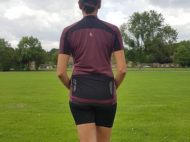 Asha tries out the Ashlu Merino jersey and WK2 bib shorts.