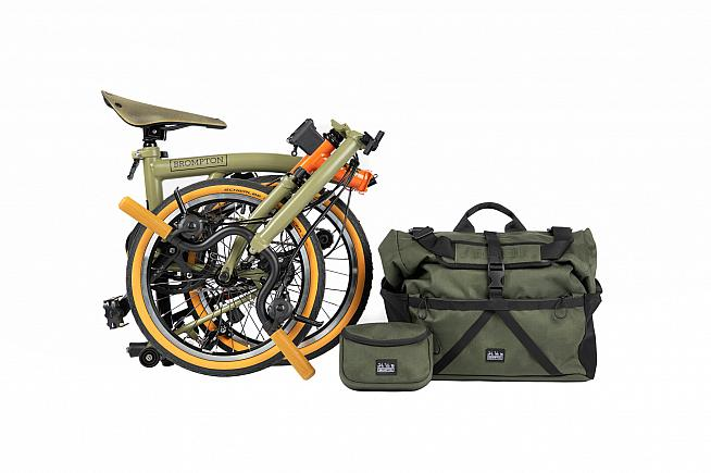 As with all Bromptons the Explore folds down so you can stow it away for public transport - or a packraft.