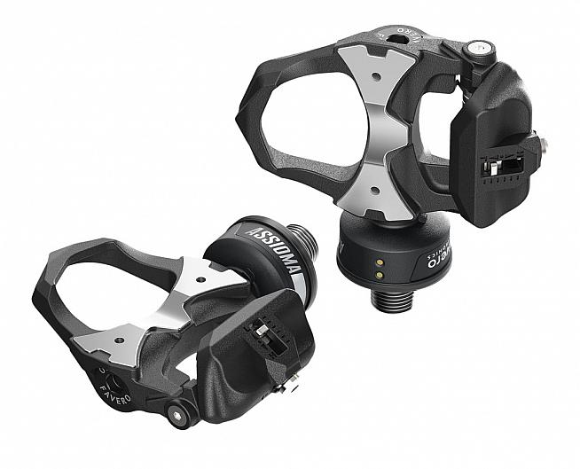 The Favero Assioma power meter pedals are available in single or double-sided versions.
