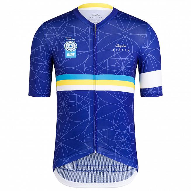 Rapha have come up with the goods again for the event jersey.