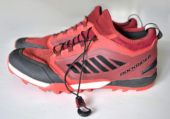 Drawstring laces are easy to use and provide a snug fit.