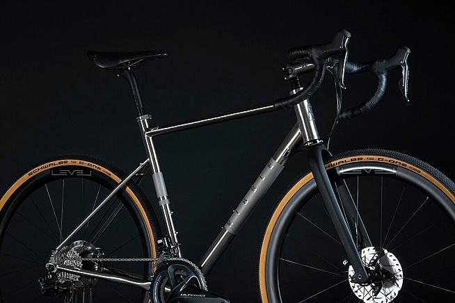 The CGR Ti from Ribble offers a similar spec to Decathlon's new GRVL900.
