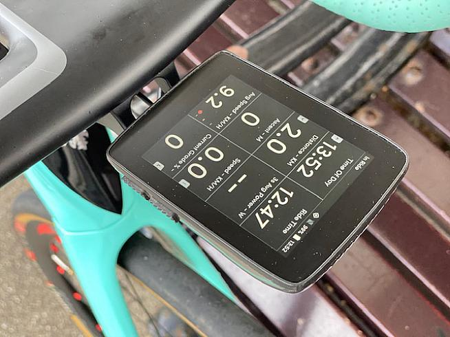 The Karoo pairs easily to your power meter and heart rate monitor to display metrics while you ride.
