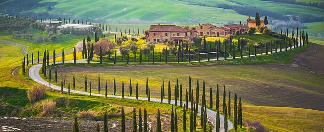 Join the Black Rat crew for a cycling trip to Tuscany in 2021.