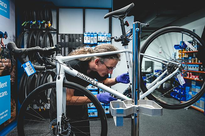 Evans are offering a 24h servicing pledge as part of the Fix Your Bike scheme.