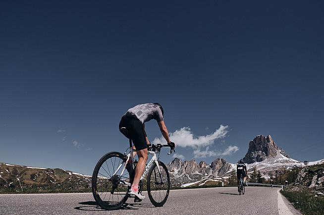 Colnago and Haute Route are joining forces to offer riders a premium road cycling experience.