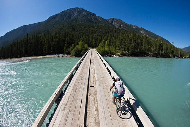 Take on 375km of trails through the stunning Rockies.