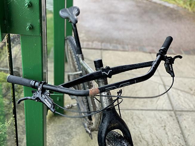 The Level D-Loop bars offer great control and variety of hand positions.