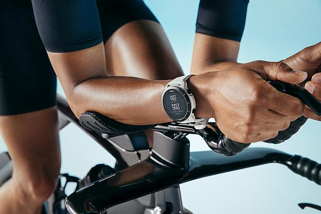 Touchless Transition means triathletes don't need to touch their watch between stages.