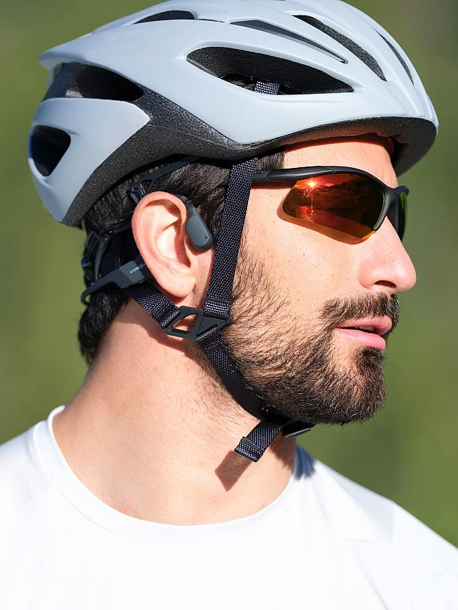 Aftershokz are offering a second pair of headphones free with the Aeropex.