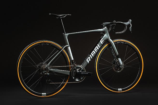 At just 10.5kg the new Ribble SL e Hero is one of the world's lightest e-bikes.