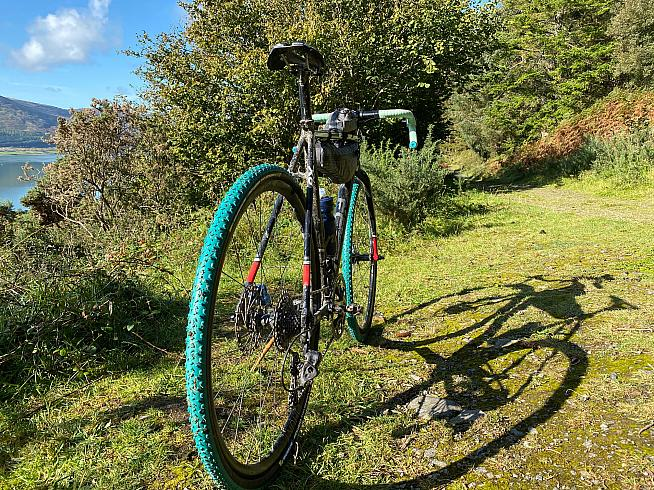 Although at their best between the tape the Power Mud and Jet tyres are a decent fast-rolling choice on gravel too.