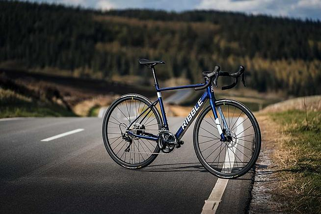 The latest sports e-bikes are lightweight and indistinguishable from a conventional road bike.