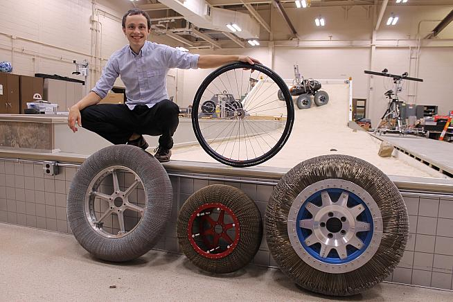 METL tyres use technology developed by NASA for lunar and Mars missions.