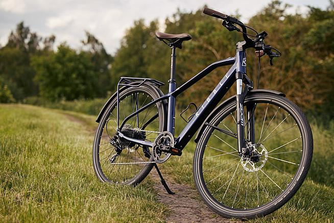 Taking you further... The Hybrid AL e is capable of tackling unpaved paths and trails.