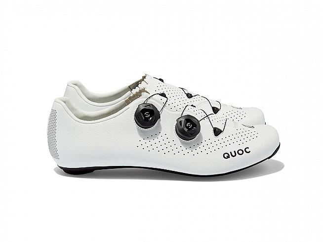 The QUOC Mono II is a lightweight race-ready road cycling shoe.