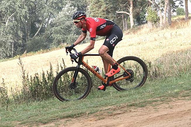 #60 Alex Payton in action for Team GCN. Photo: Alex Beyfus