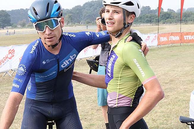 Winner Ryan Christensen (L) with Cameron Mason. Photo: Alex Beyfus