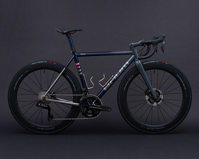 A bit special: Rapha have partnered with Baum to create a limited edition bike for RCC members.
